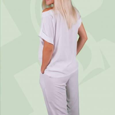 Пижамный комплект. Женская пижама футболка+ пижамные штаны. Белые