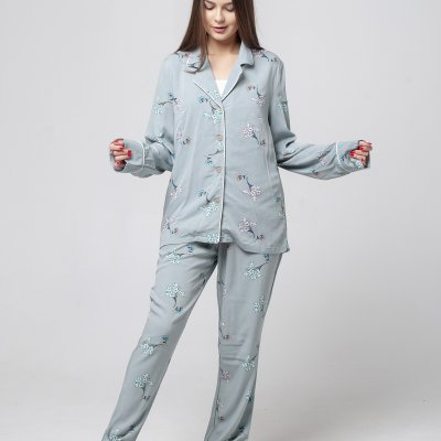Пижамный комплект женский оливкого цвета в мелкий цветок хлопок