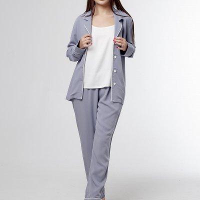 Женская классическая пижама серая с молочным кантом хлопок